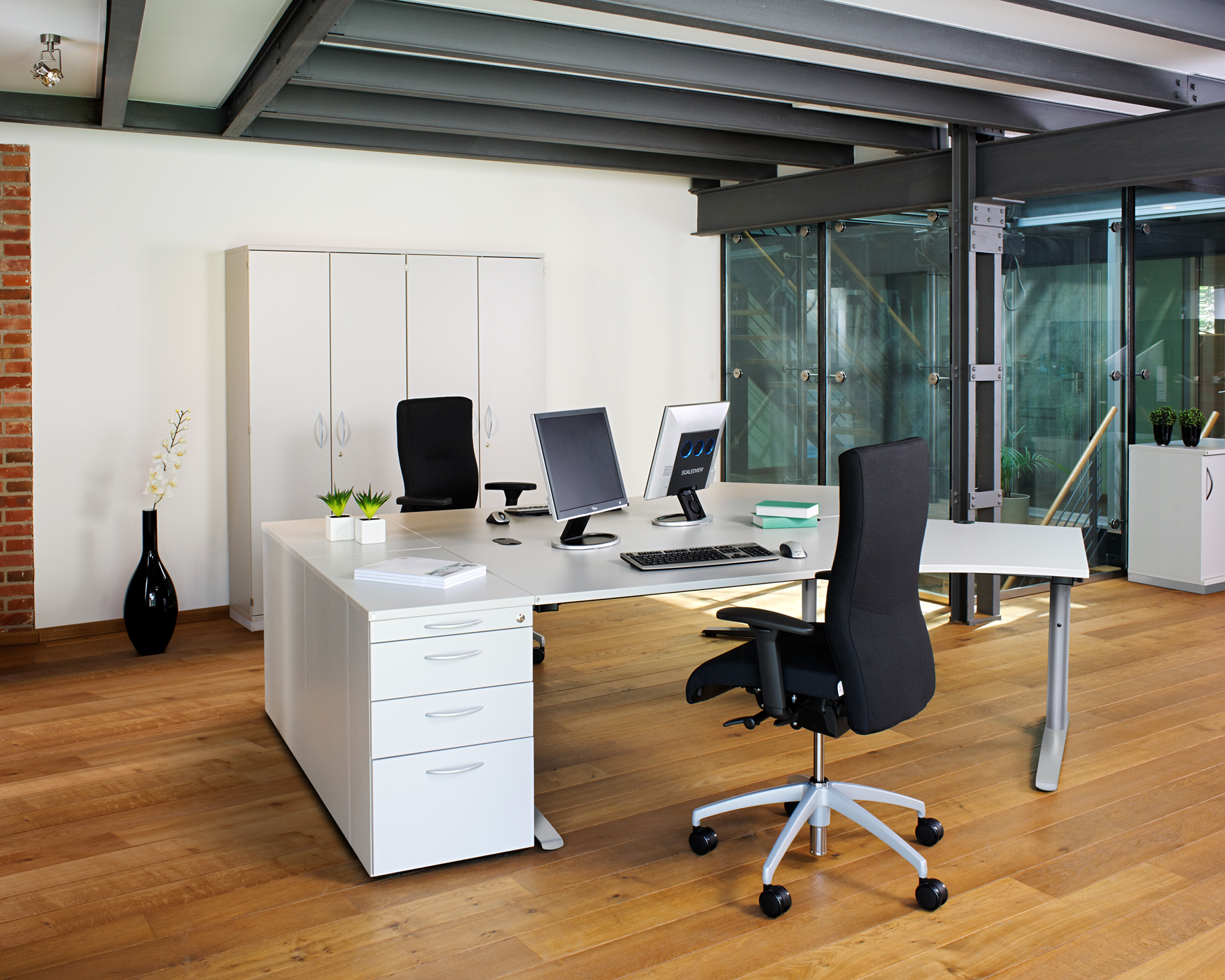 Hom Office Furniture: Kleiderhaus Fitted Furniture, Wardrobes And Sliding Doors