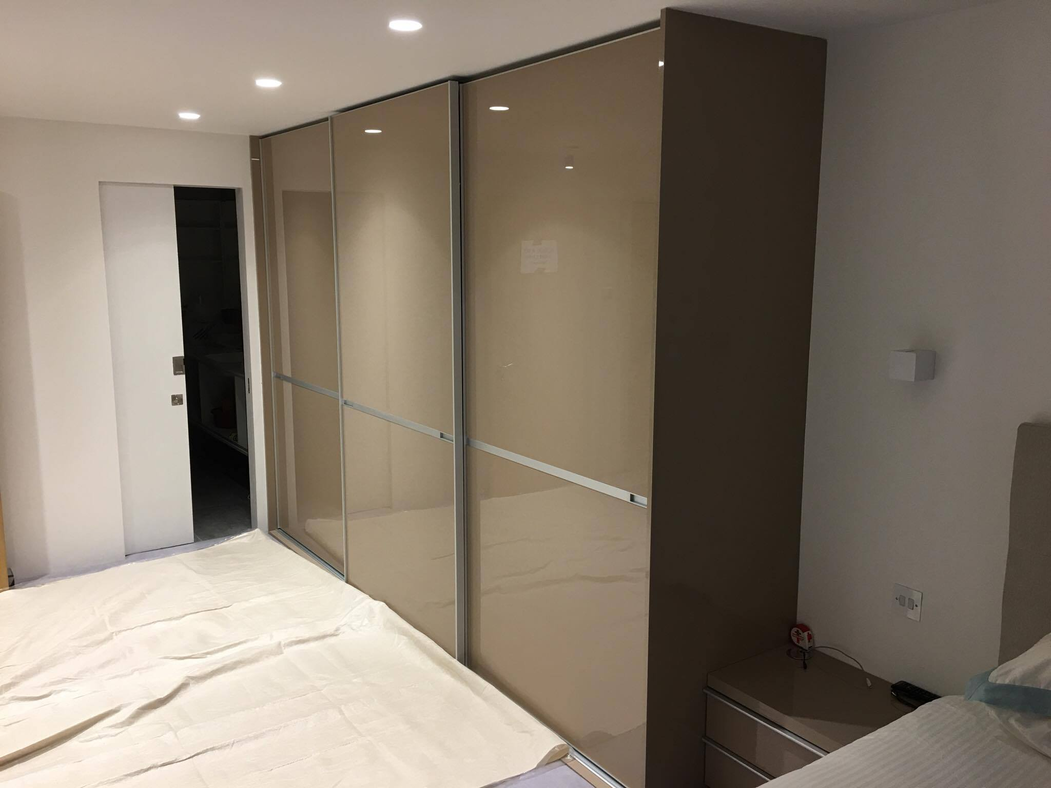 fitted sliding door wardrobe london